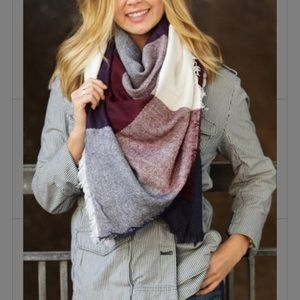 NWOT-Burgundy, navy, & cream block blanket scarf